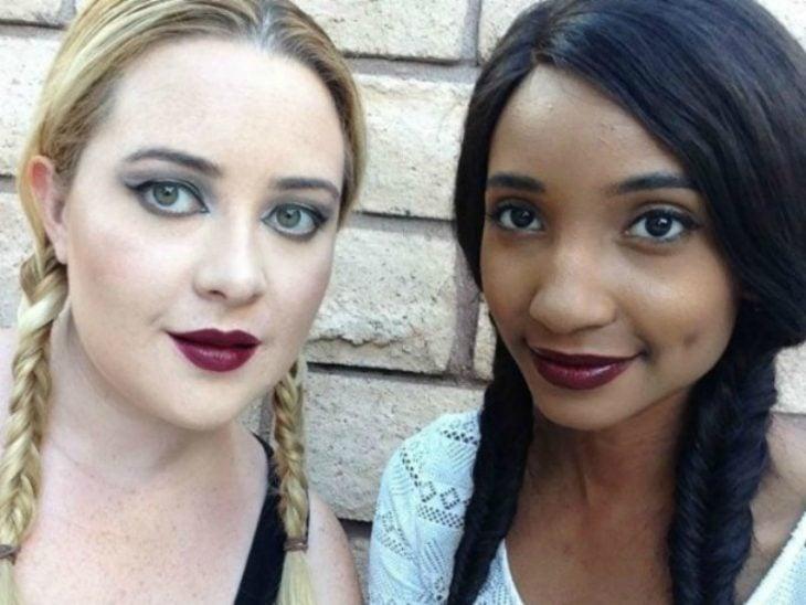 10 colores de labial en dos tonos de piel diferentes
