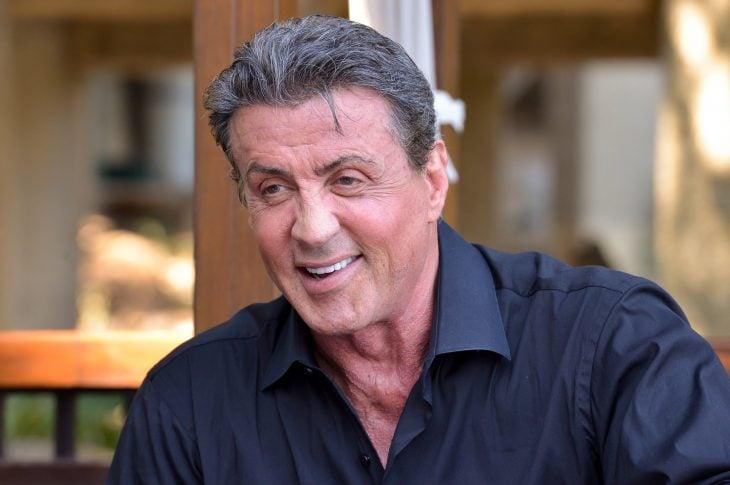 Sylvester-Stallone sonriendo.