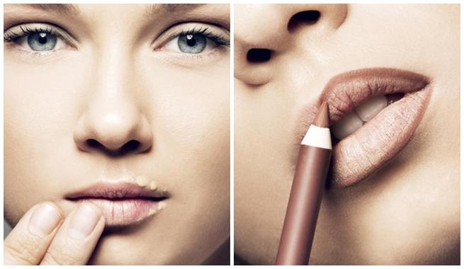 Pintarse los labios con corrector.
