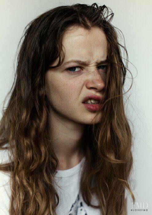 Chica enojada