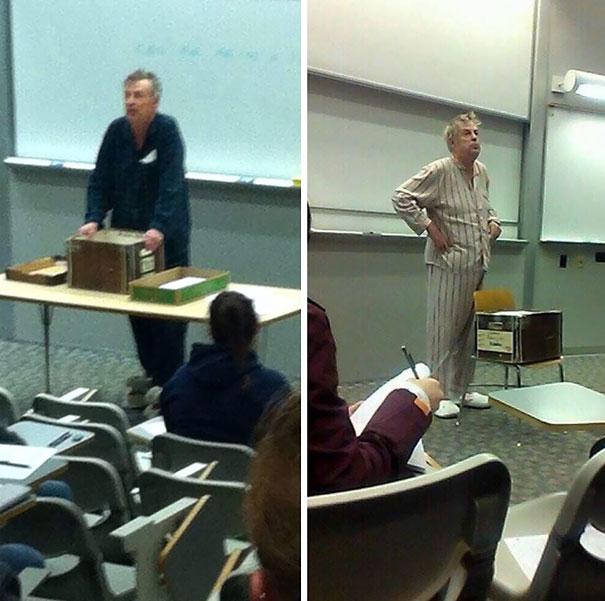 Profesor da clases en pijama.
