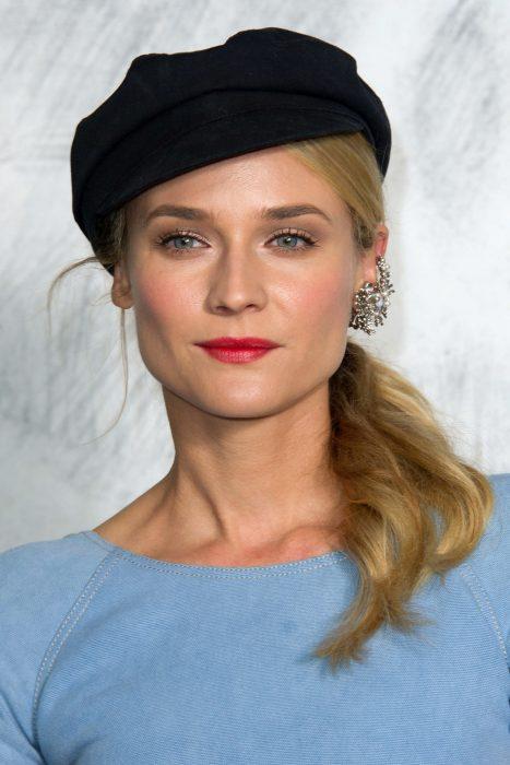 Diane Kruger usando un Ear Cuff.