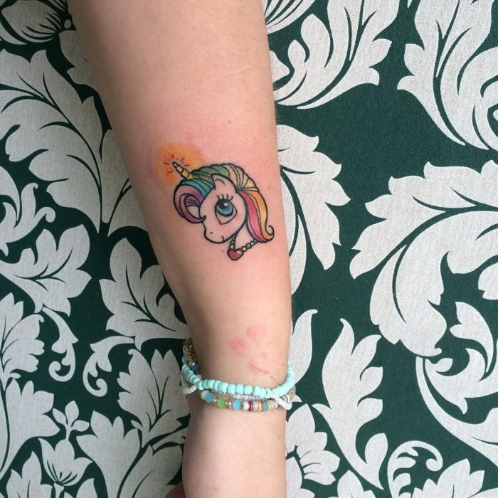 tatuaje unicornio