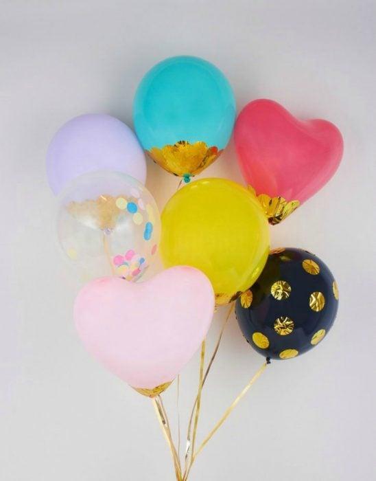 globos de colores decorados