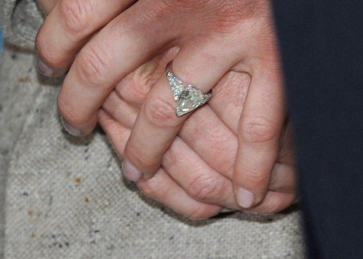 anillo de compromiso princesa Charlene de Mónaco