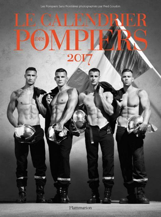 hombres sin camisa y bandera de Francia