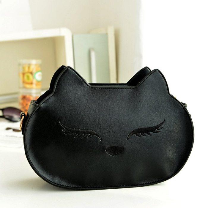cosmetiquera negra en forma de gato