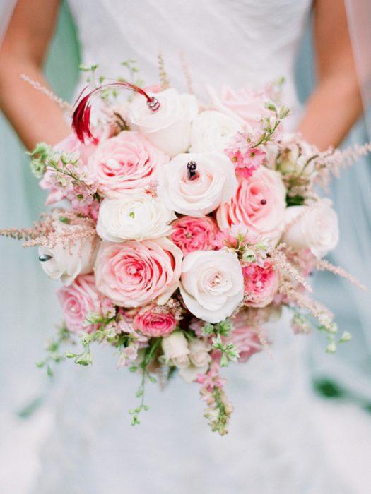 ramo de novia flores rosas