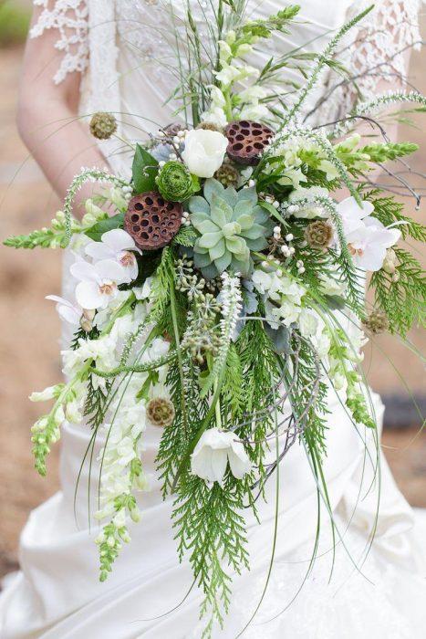 ramo de novia flores verdes