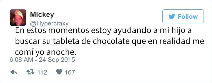 tuit hijo buscando chocolate