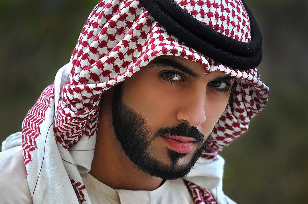 Estas son las fotos más sexys del hombre más guapo del mundo