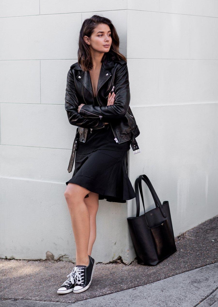 Outfit Vestido Negro Con Converse Vestidos De Punto 2019