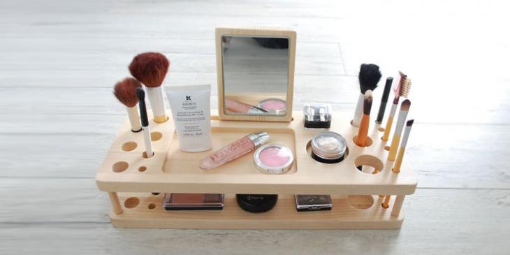 Organizador de maquillaje con espejo