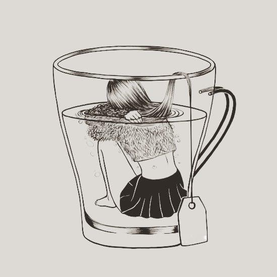 Chica en una taza de té.
