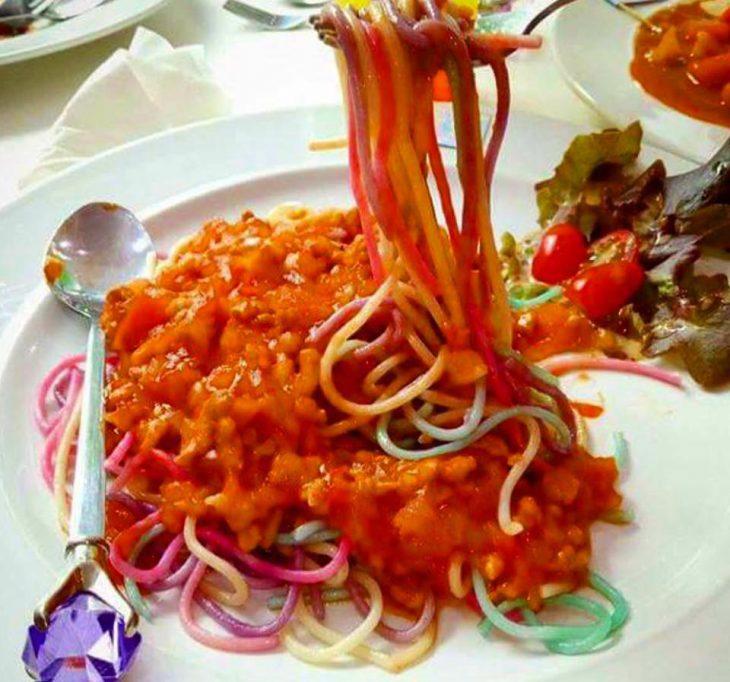 The pastas are also colored.