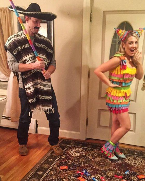 mexicano y piñata
