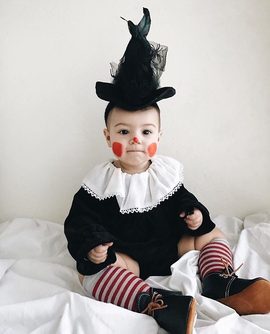 beb disfrazado de payaso