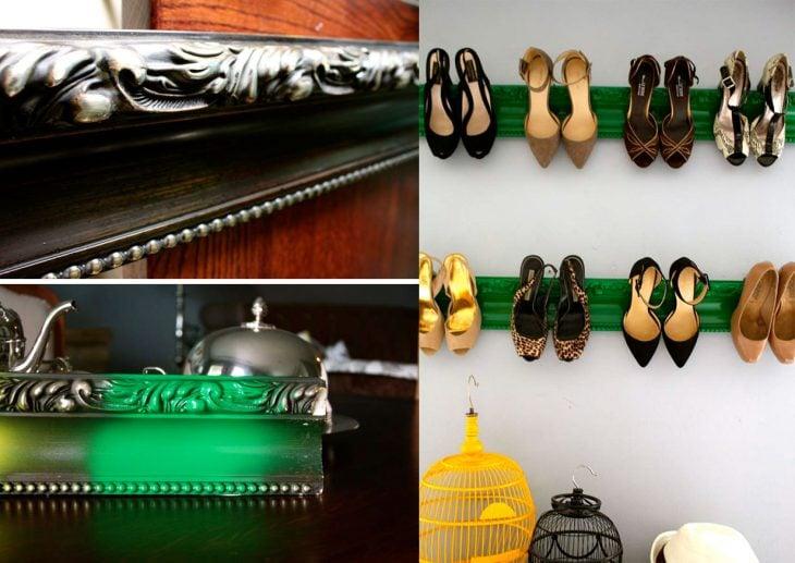Zapatos organizados en repisas.