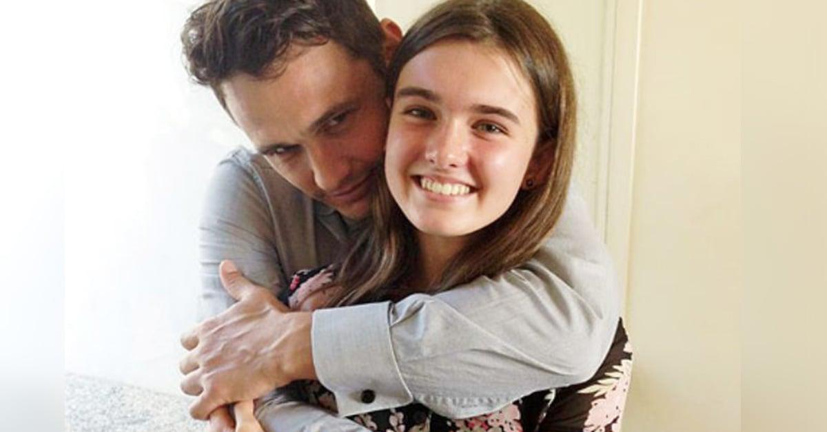 Para poner celoso a ex novio de una fan, James Franco se toma foto cariñosa con ella