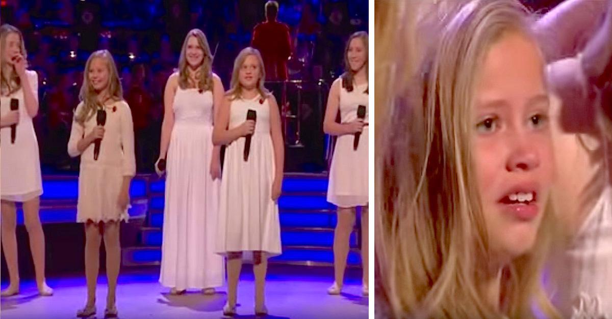 Niña canta en tributo a las fuerzas armadas y el presentador la sorprende con una visita especial