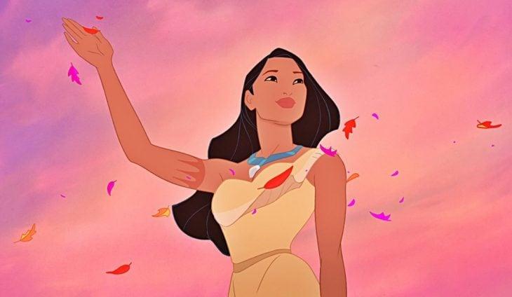 mujer nativa con cabello negro de caricatura