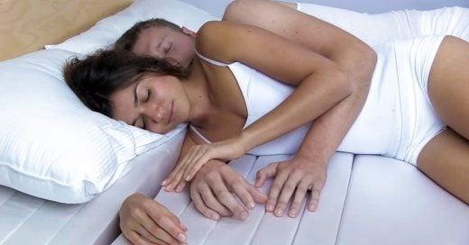 Conoce el colchón ideal para dormir acurrucada de tu pareja