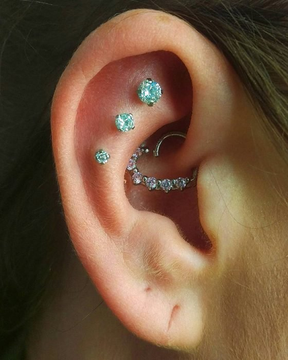 boredpanda-com-constellation-piercings-11-580b733e99a83__700