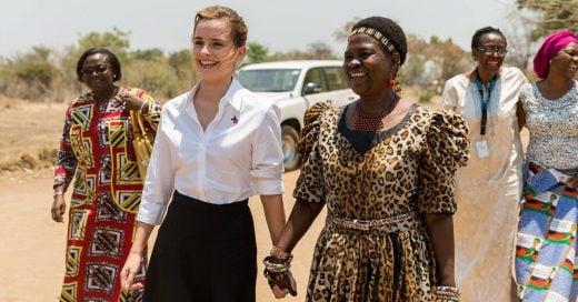 Emma Watson visita África en el día internacional de la niña y protesta contra el matrimonio infantil