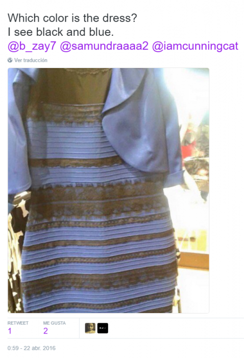 vestido negro con azul comentario twitter