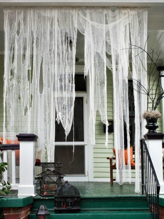 cortina de telarañas en casa
