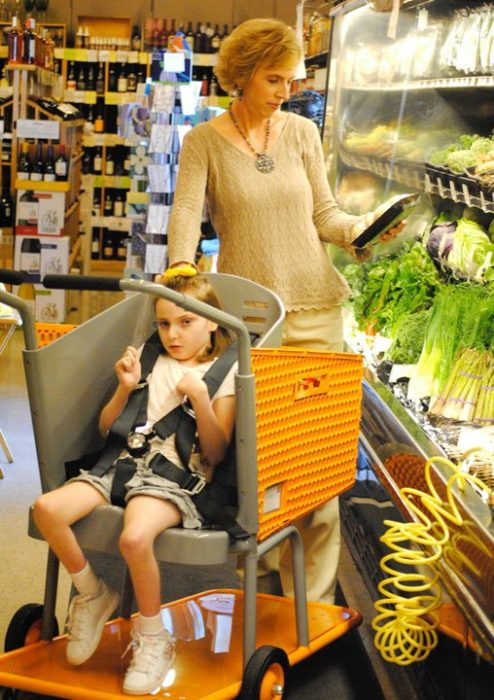 Drew Ann de compras con su hija.