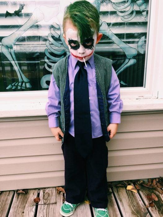 Niños disfrazado de Joker.