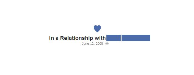 Estatus de facebook que anuncia una relación