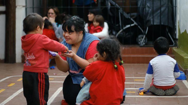 Primera maestra con síndrome de Down en argentina