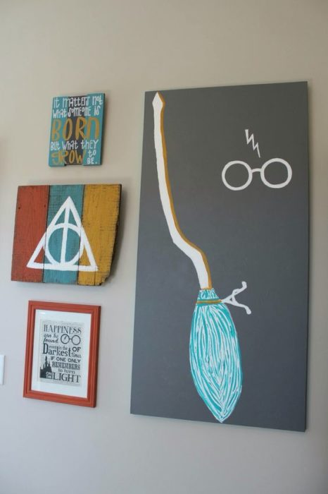 Decorative paintings with the main elements of Harry Potter