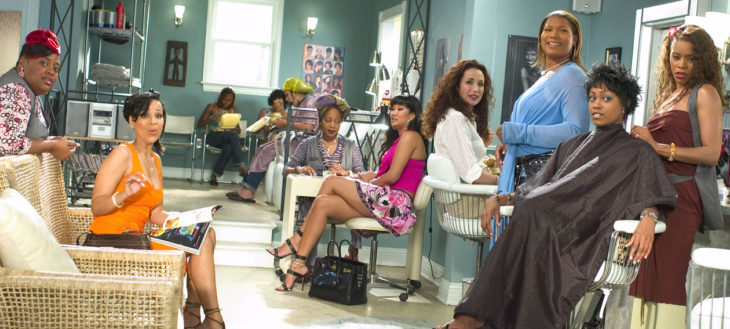 salon de belleza con mujeres