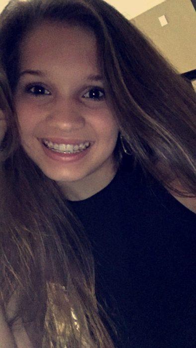 Reese Hebert sonriendo