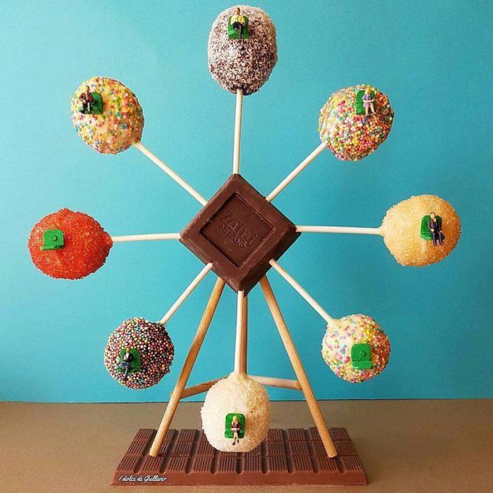 figura de carrusel con dulces