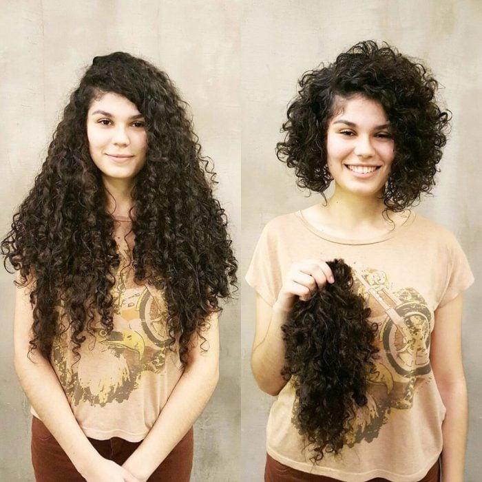 Cambio de look de chica con el cabello chino