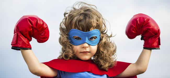 niña heroe