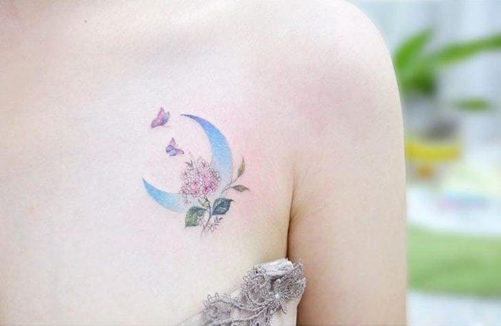 Tatuaje espacial luna