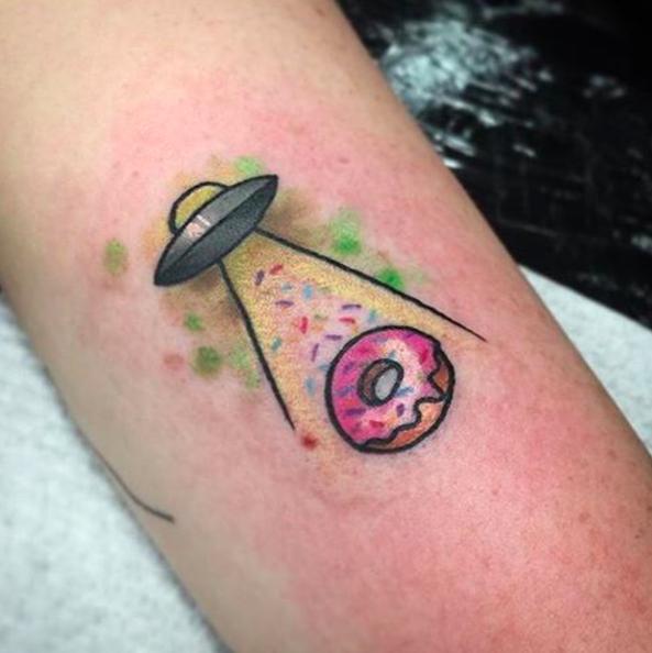 Tatuaje ovni come rosquilla