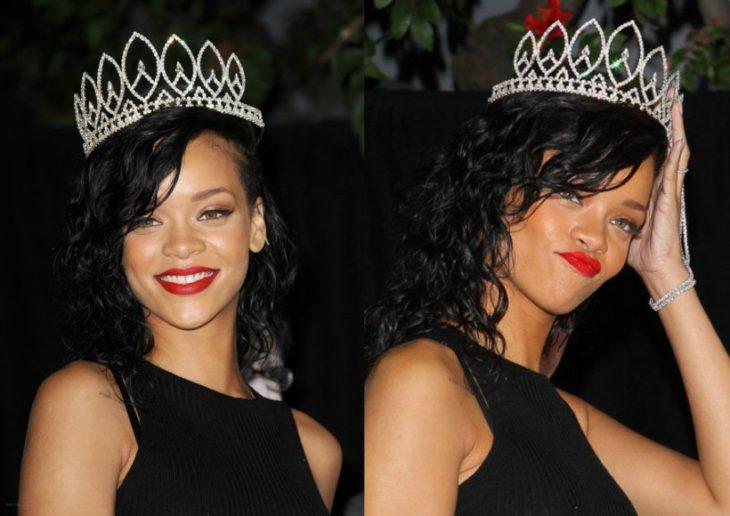 mujer morena con cabello negro y corona