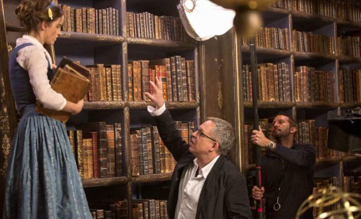 Imágenes de la grabación de Bella en la librería.