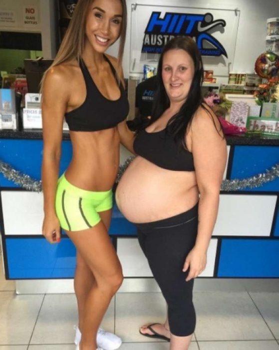 Chontel Duncan y su amiga durante en el embarazo.
