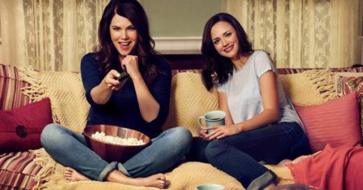 Un estudio reveló que la mejor manera de tener una buena relación con tu mamá es ¡ver series juntas!