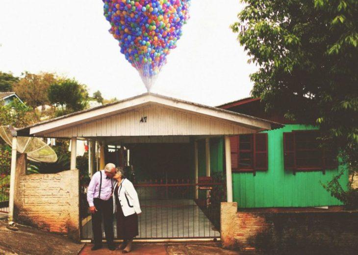 pareja de abuelos re creando up