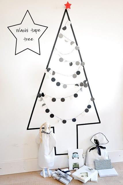 árbol que puedes hacer en 15 minutos dibujado en la pared
