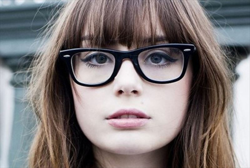 cortes de pelo para mujeres con anteojos