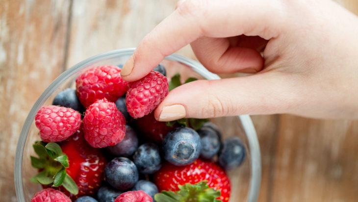 comida a base de frutos rojos
